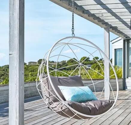 Palaso hanging garden armchair in white metal